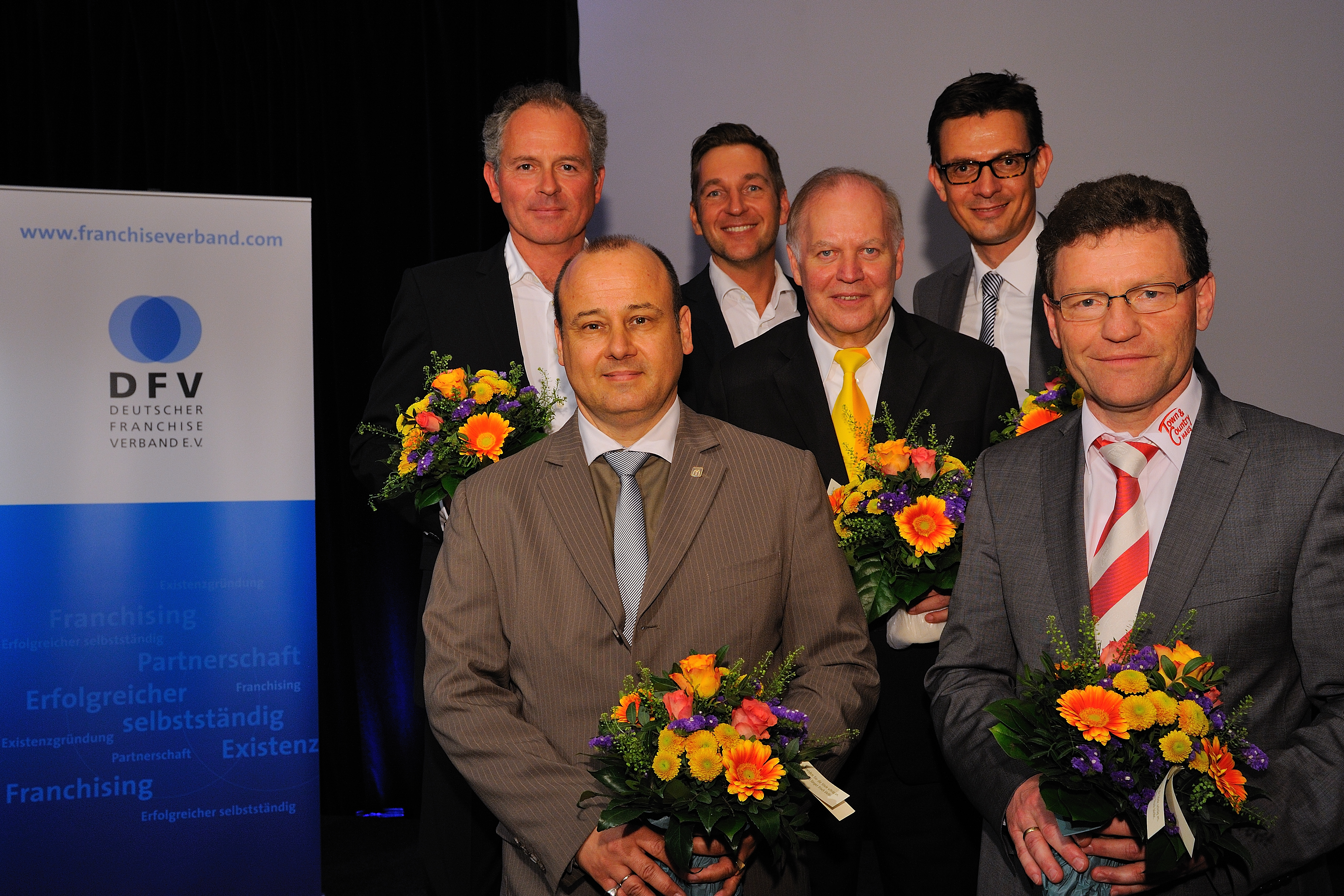 Jürgen Dawo im Vorstand des Deutschen Franchise-Verbandes bestätigt