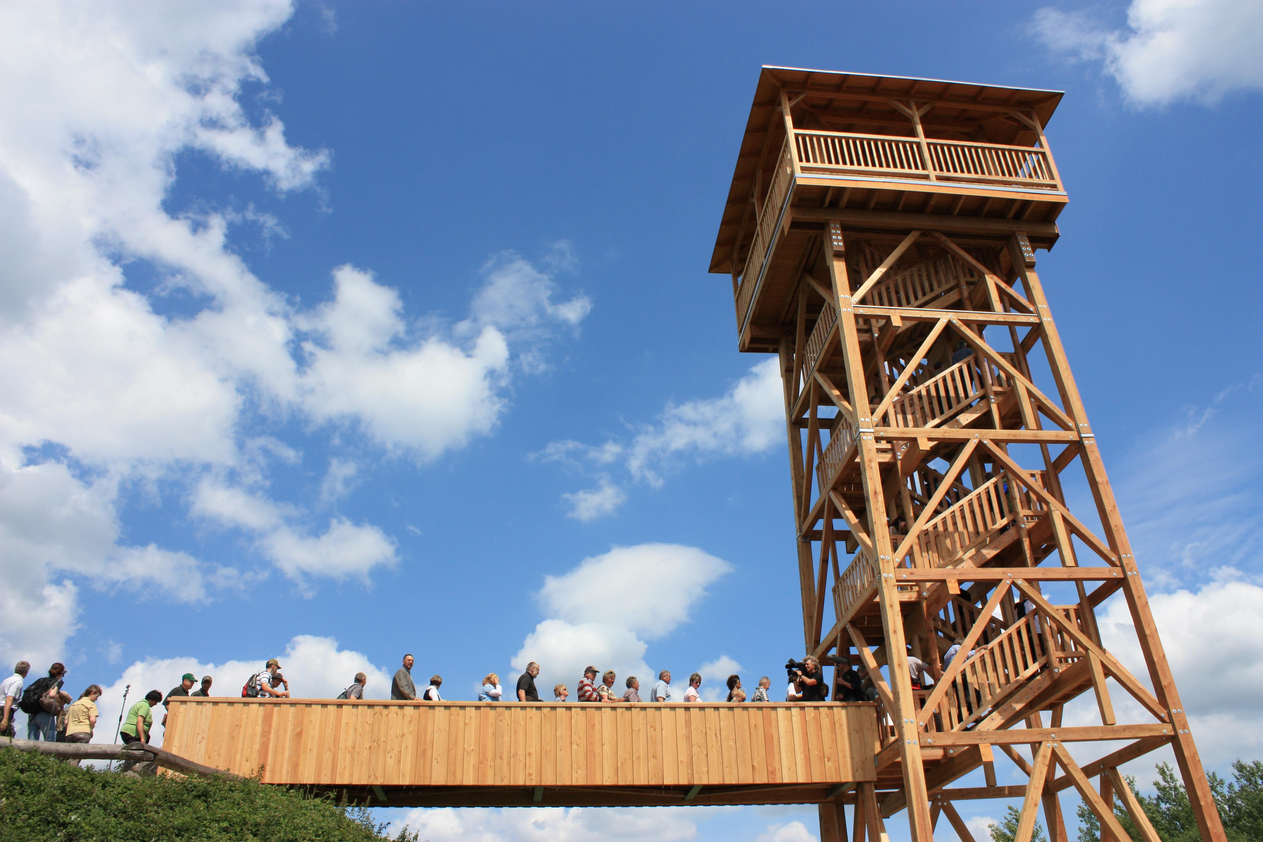 """Jubiläum im Nationalpark-der Aussichtsturm """"Hainichblick"""" wird ein Jahr alt"""