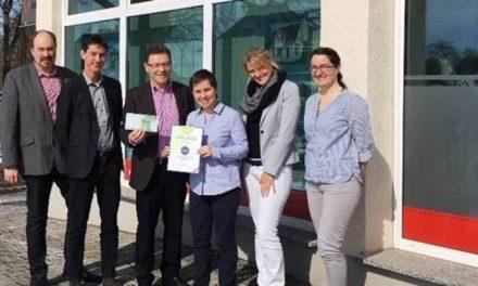 Town & Country Stiftung unterstützt kleine Urwaldforscher mit Spende in Höhe von 1.000 Euro