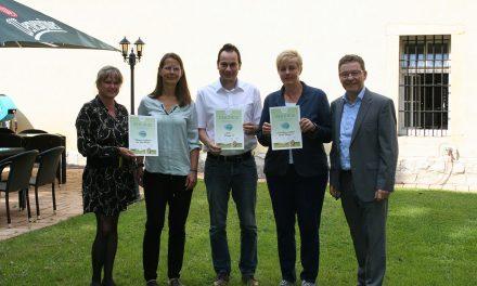5 Kinder- und Jugendprojekte werden mit jeweils 1.000 Euro durch die Town & Country Stiftung gefördert